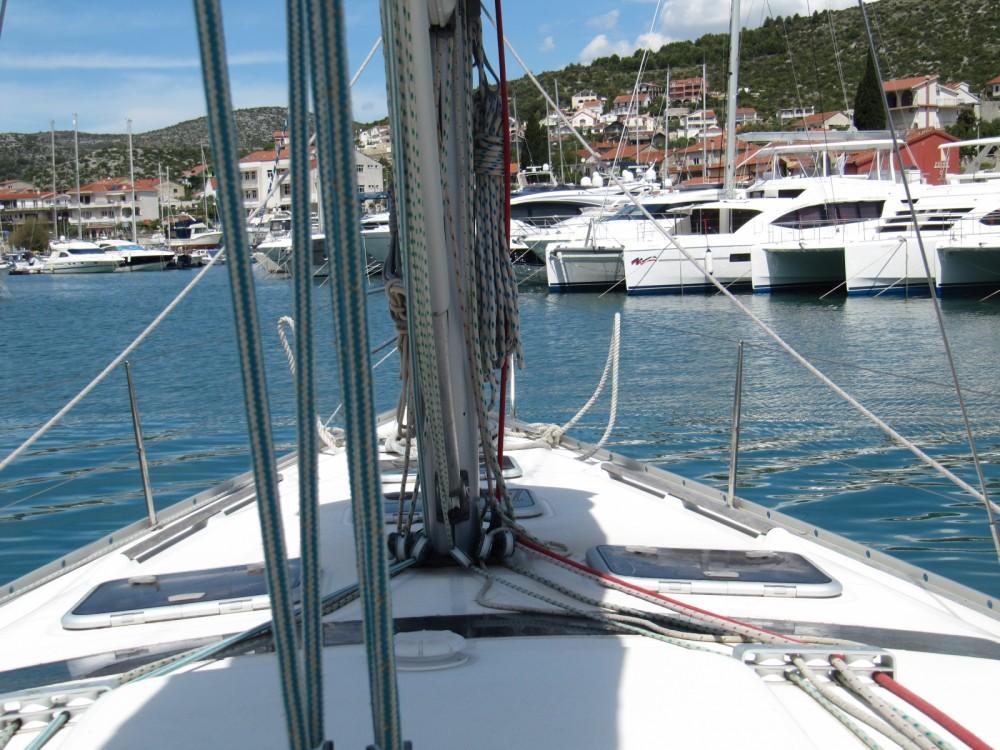 Hire Sailboat with or without skipper Bénéteau Vinišće