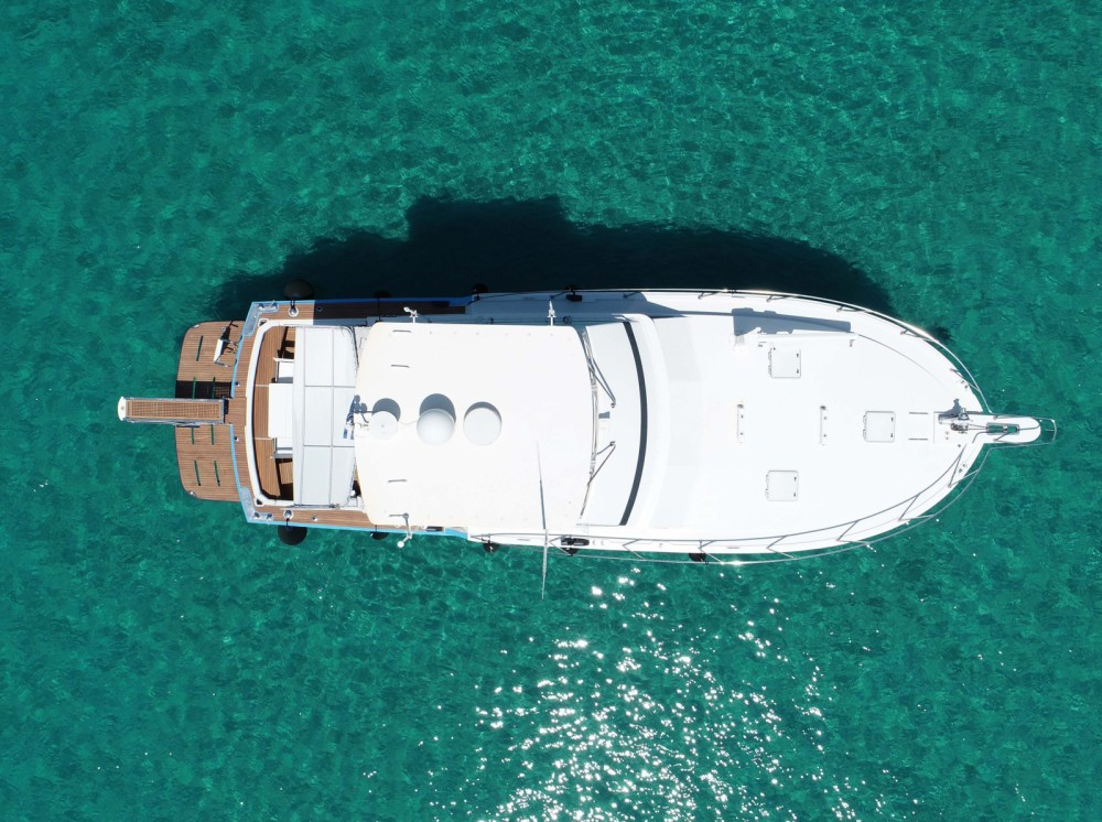 Rental yacht Ormos Panagias - Bertram 46.6 convertible flybridge on SamBoat