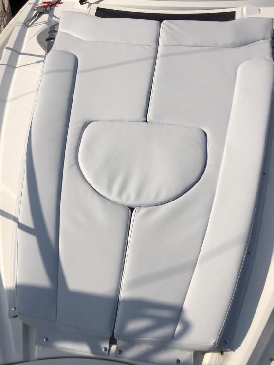 Rental yacht Ibiza - Bénéteau Monte Carlo 32 on SamBoat