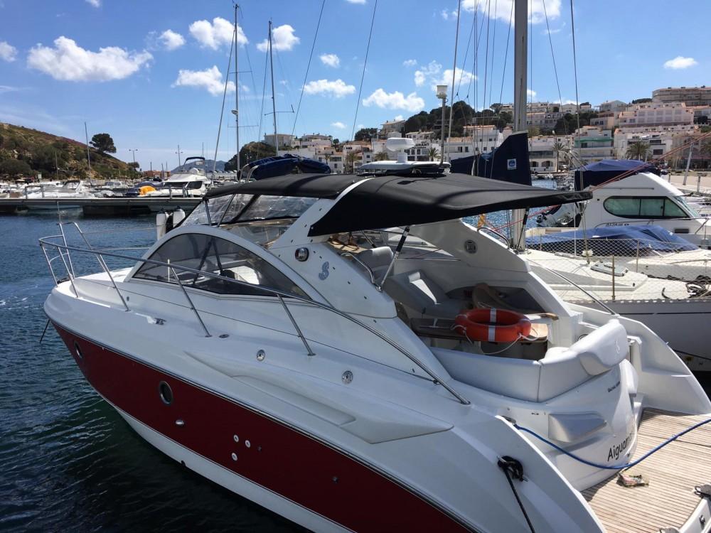 Boat rental Bénéteau Monte Carlo 32 in Ibiza on Samboat