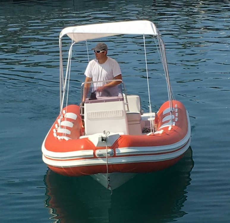 Boat rental Saint-Raphaël cheap Lomac 520 OK