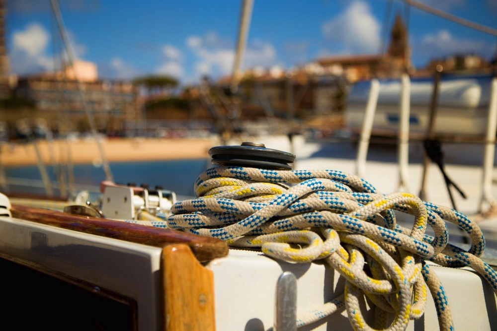 Boat rental Palamós cheap North Wind 38