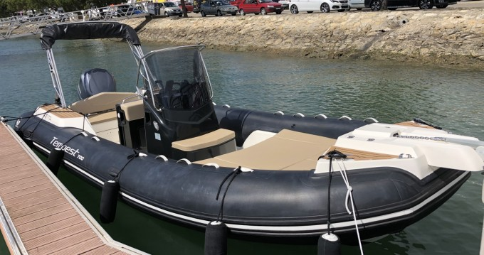 Rental yacht Arcachon - Capelli Tempest 700 on SamBoat