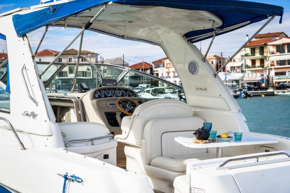 Boat rental Nikiana cheap Sea Ray 290 Sundancer