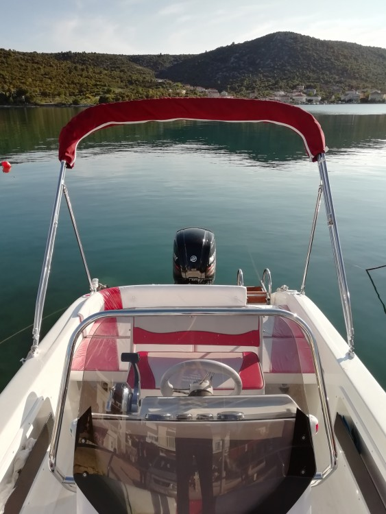 Boat rental Vinišće cheap Syros 190