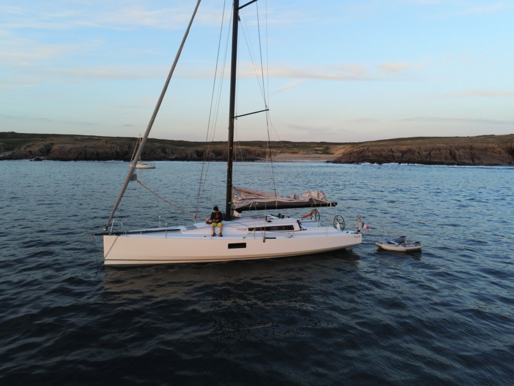 Sailboat for rent La Trinité-sur-Mer at the best price