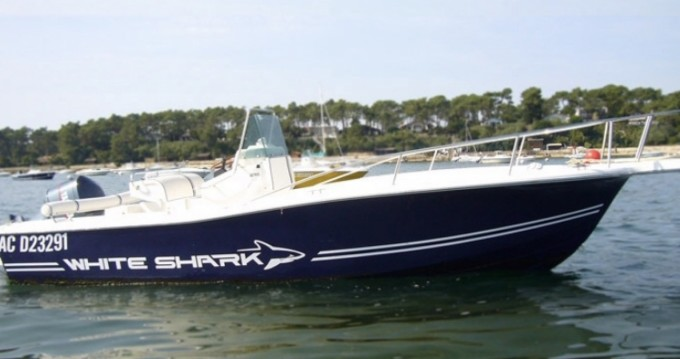 Boat rental Lège-Cap-Ferret cheap White Shark 215
