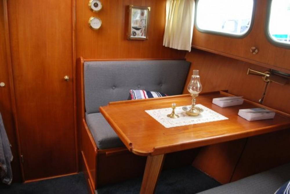 Boat rental Rohan cheap 950