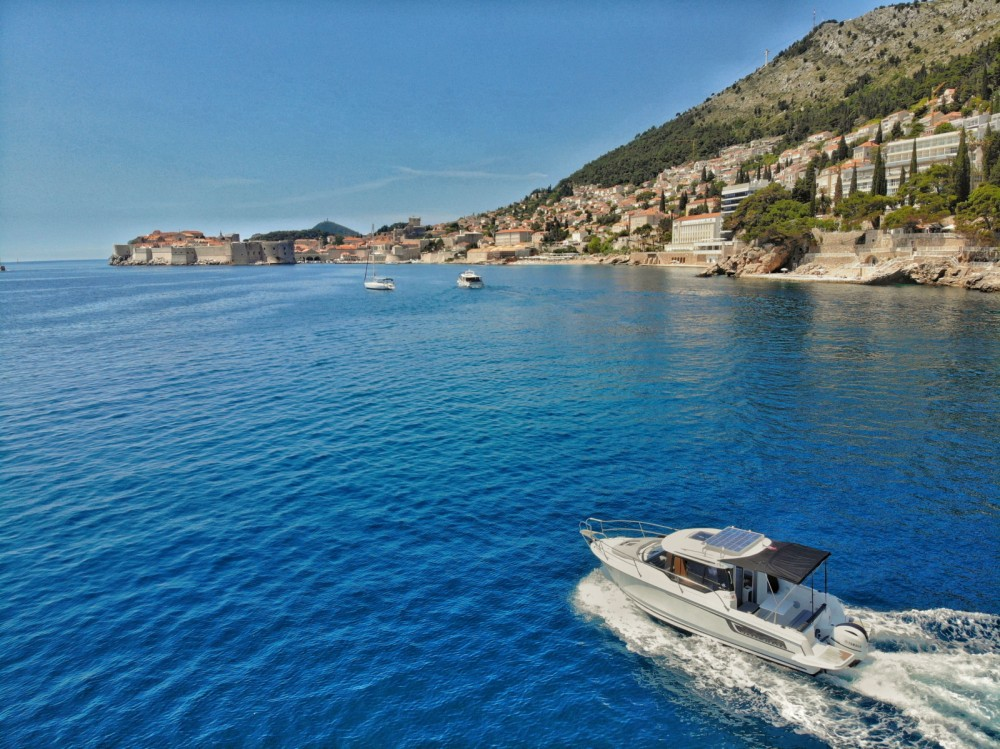 Jeanneau Merry Fisher 795 between personal and professional Dubrovnik