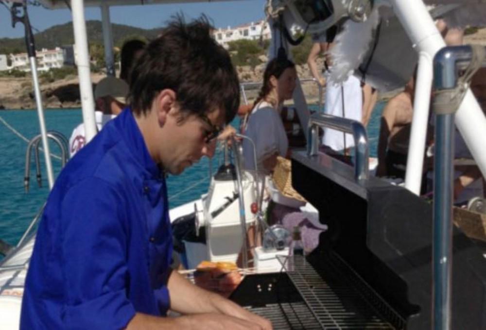Catamaran DE EVENTOS  between personal and professional Ibiza