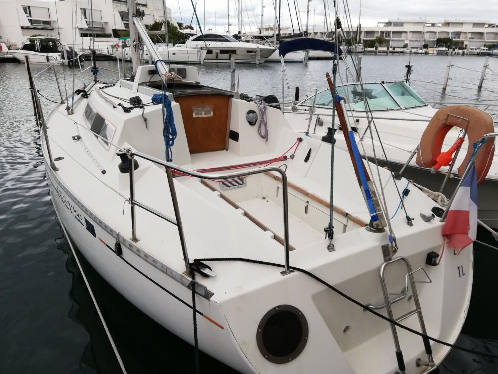 Rental yacht Le Grau-du-Roi - Bénéteau First 29 GTE on SamBoat