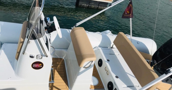 Boat rental Arcachon cheap Medline 660