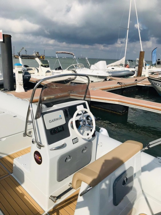 Rental RIB in Arcachon - Zodiac Medline 660