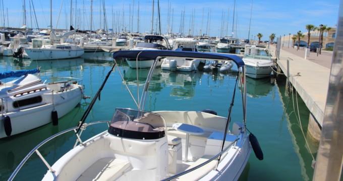 Boat rental Marinello Eden 20 in Roda de Barà on Samboat