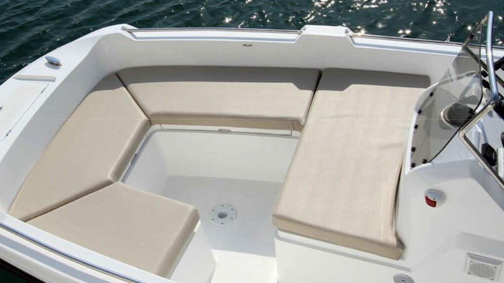 Boat rental V2 500 open luxe in Torrevieja on Samboat