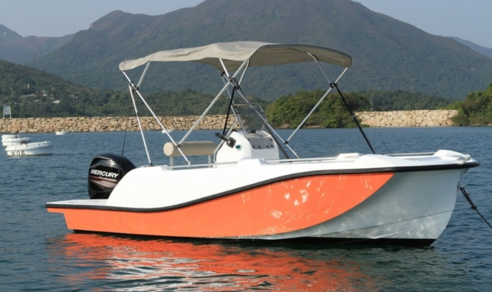 Rental Motorboat V2 with a permit