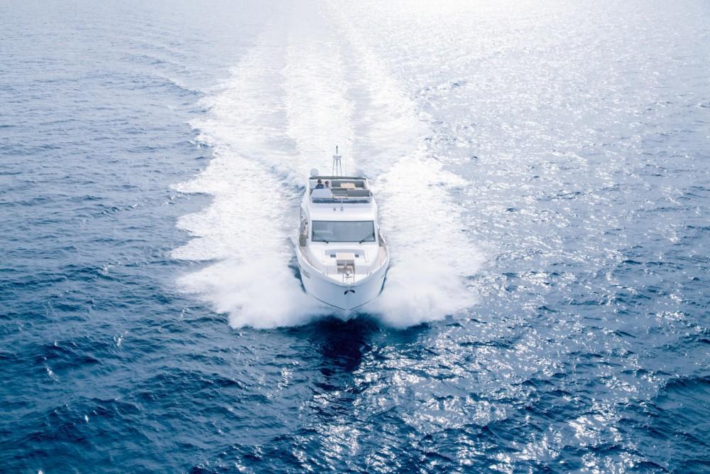 Boat rental Torrevieja cheap Sealine F 530