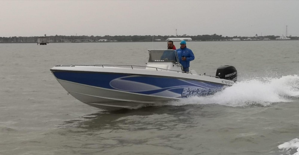 Rental yacht Lège-Cap-Ferret - Wellcraft Scarab on SamBoat
