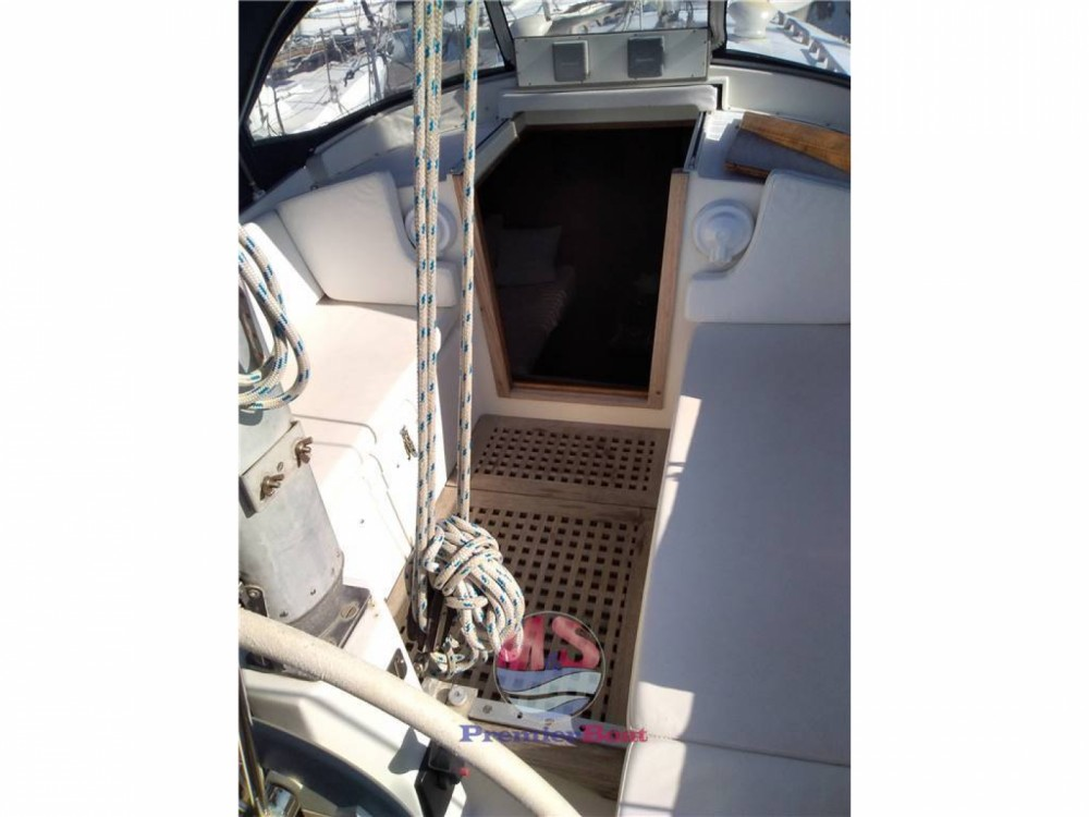 Boat rental Genoa cheap 33 KETCH