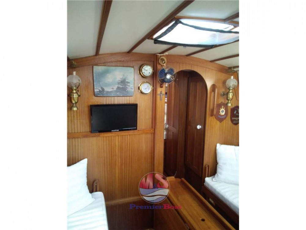 Rent a Westerly 33 KETCH Genoa