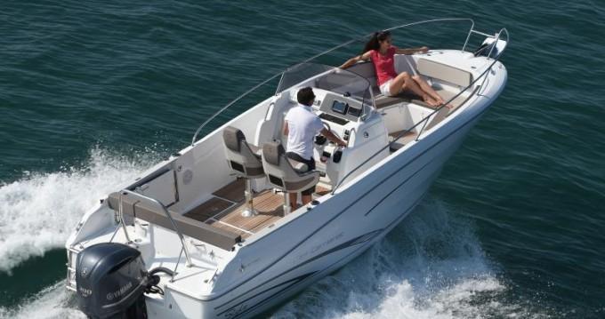 Rental yacht Le Grau-du-Roi - Jeanneau Cap Camarat 7.5 CC Style on SamBoat