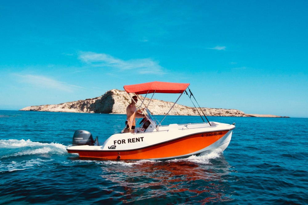 V2 BOATS 5.0 SPORT between personal and professional Balearic Islands