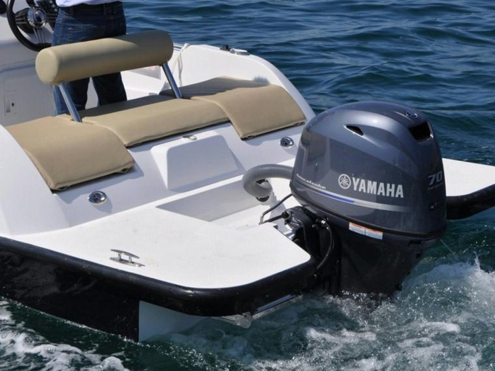 Rental Motorboat in Balearic Islands - V2 BOATS 5.0 SPORT