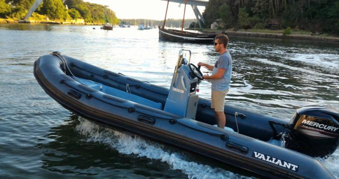 Rental RIB in Bono - Valiant DR 520 Fishing