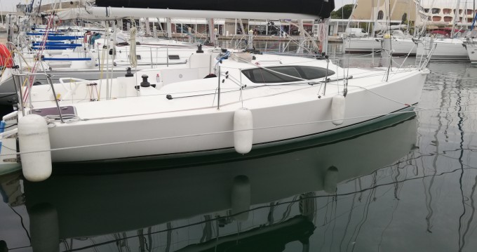 Boat rental Port Camargue cheap Jpk 960