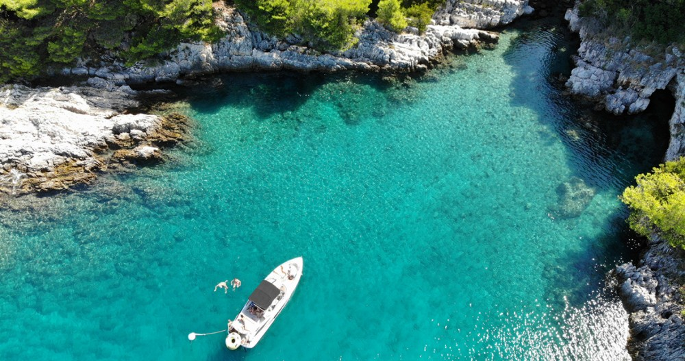 Rental yacht ACI Marina Pula - Doral 265 Elite BR on SamBoat