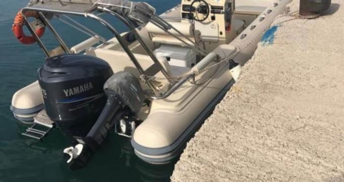 Rent a Oceanic 750 Lefkas Egremni