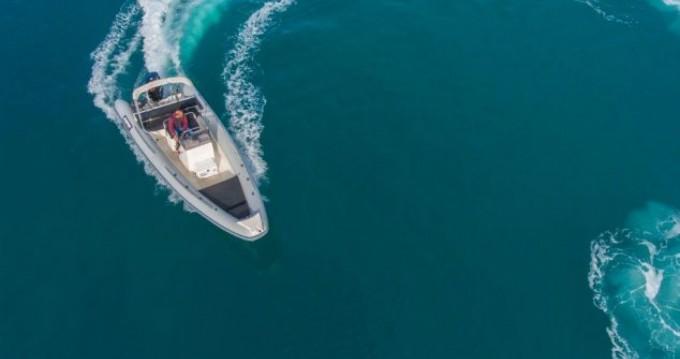 Rental yacht Lefkas Egremni - Scorpion 740 on SamBoat