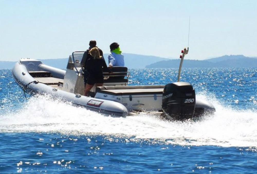 Scorpion 810 between personal and professional Peloponnese, Western Greece and the Ionian