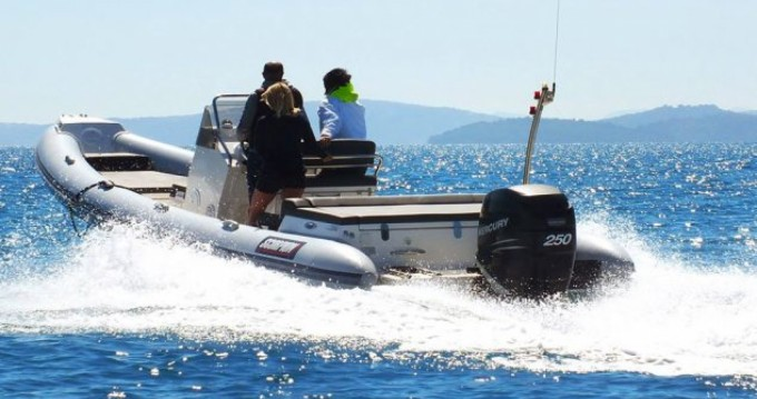 RIB for rent Lefkas Egremni at the best price