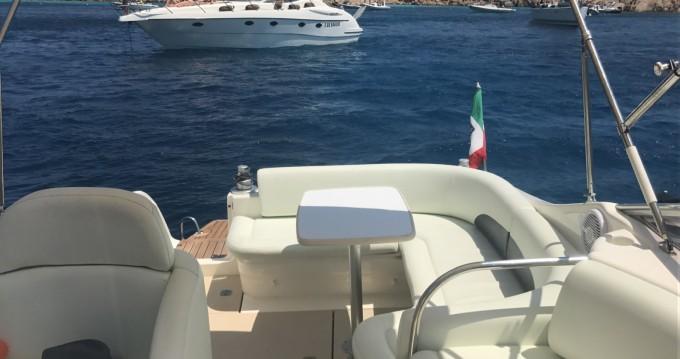 Rental Motorboat in Cannigione - Cranchi Zaffiro 28