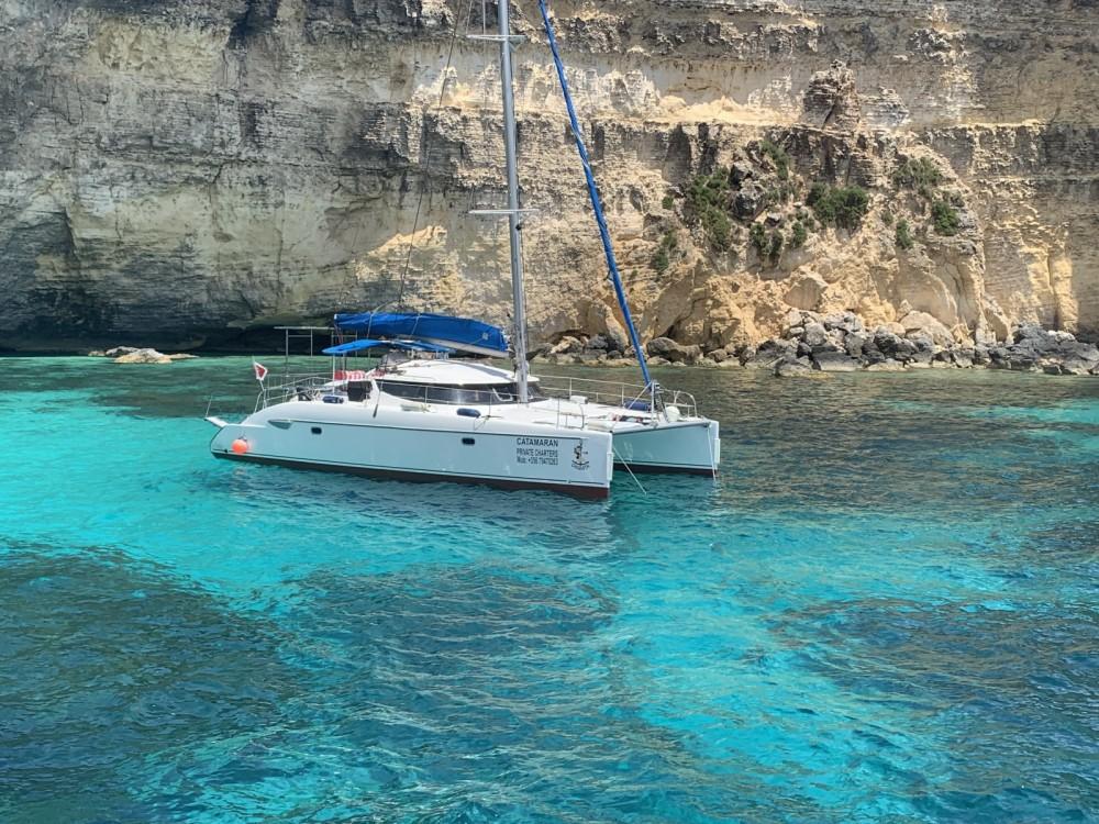 Rental Catamaran in Sliema - Fountaine Pajot Lavezzi 40