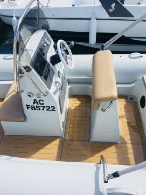Boat rental Arcachon cheap Medline 580