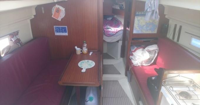Rental Sailboat in Lorient - Dufour Dufour 27