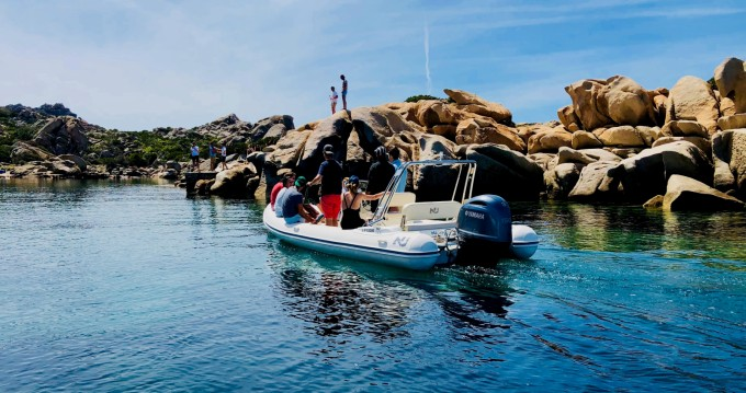 Boat rental Belvédère-Campomoro cheap Blackfin 21 Elegance