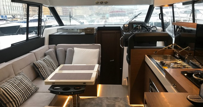 Rental yacht Capri - Jeanneau NC 37 on SamBoat