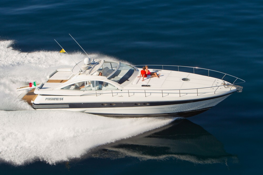 Hire Yacht with or without skipper Pershing Sorrento