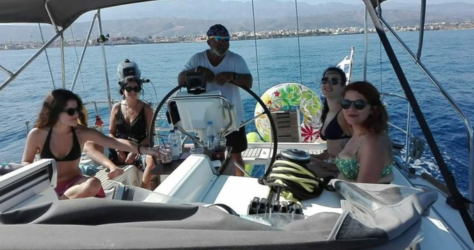Sailboat for rent Chania at the best price