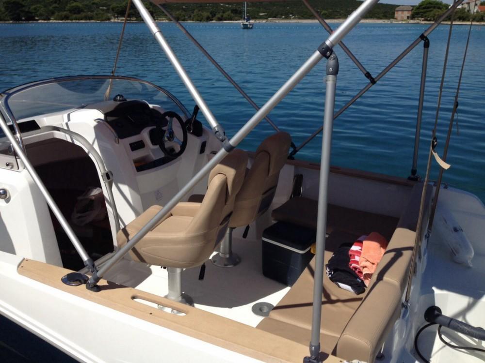 Boat rental Jeanneau Cap Camarat 6.5 WA in Zadar on Samboat