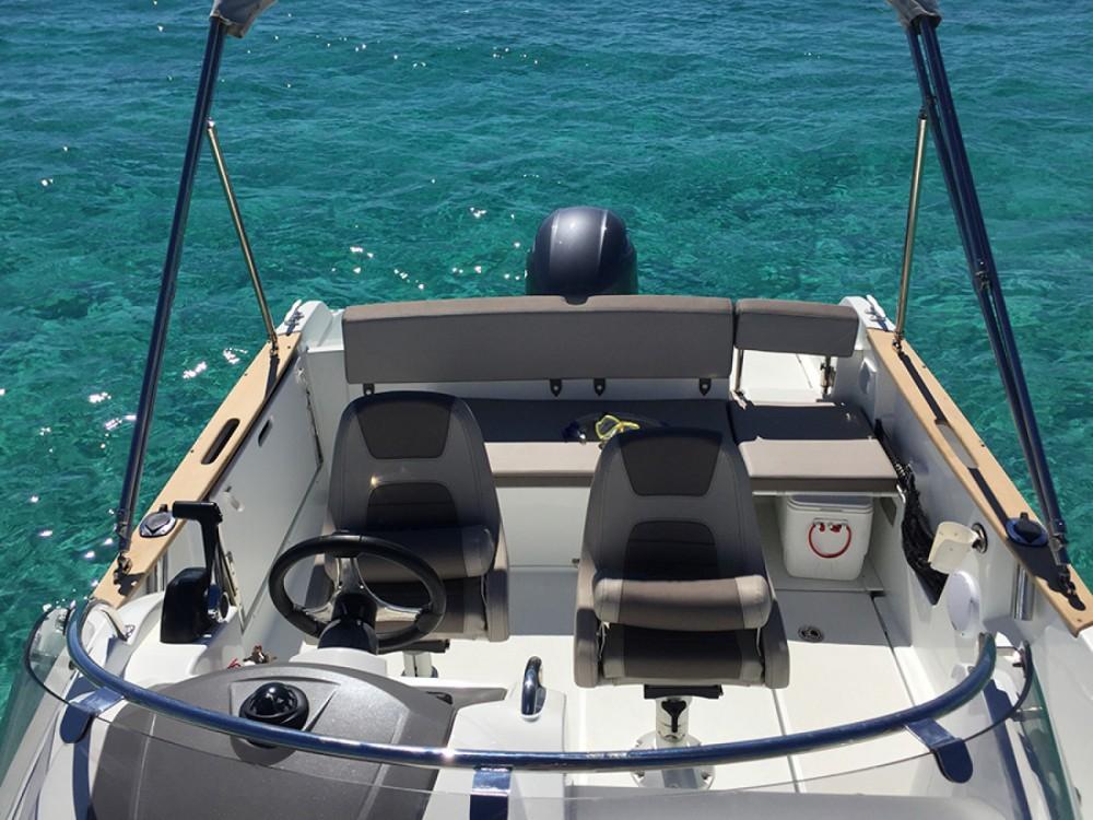 Rental Motorboat in Ibiza - Jeanneau Cap Camarat 650