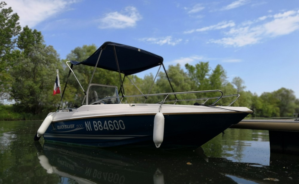 Boat rental Mâcon cheap Quicksilver 500 Commander