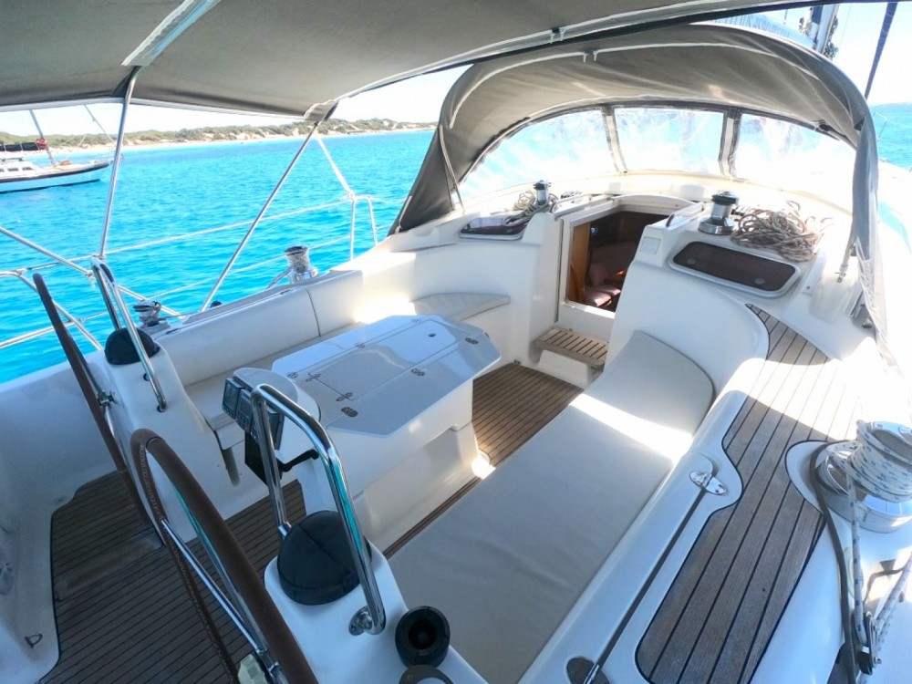 Hire Sailboat with or without skipper Bavaria Ibiza