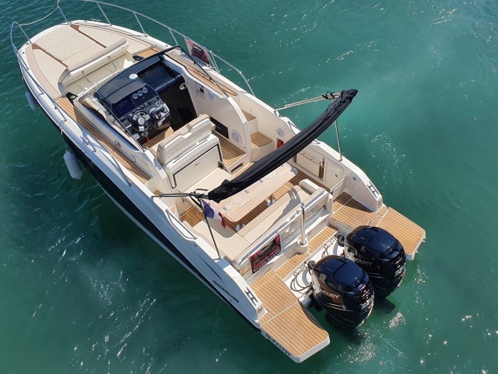 Rental Motorboat in Fréjus - Quicksilver Activ 875 Sun Deck