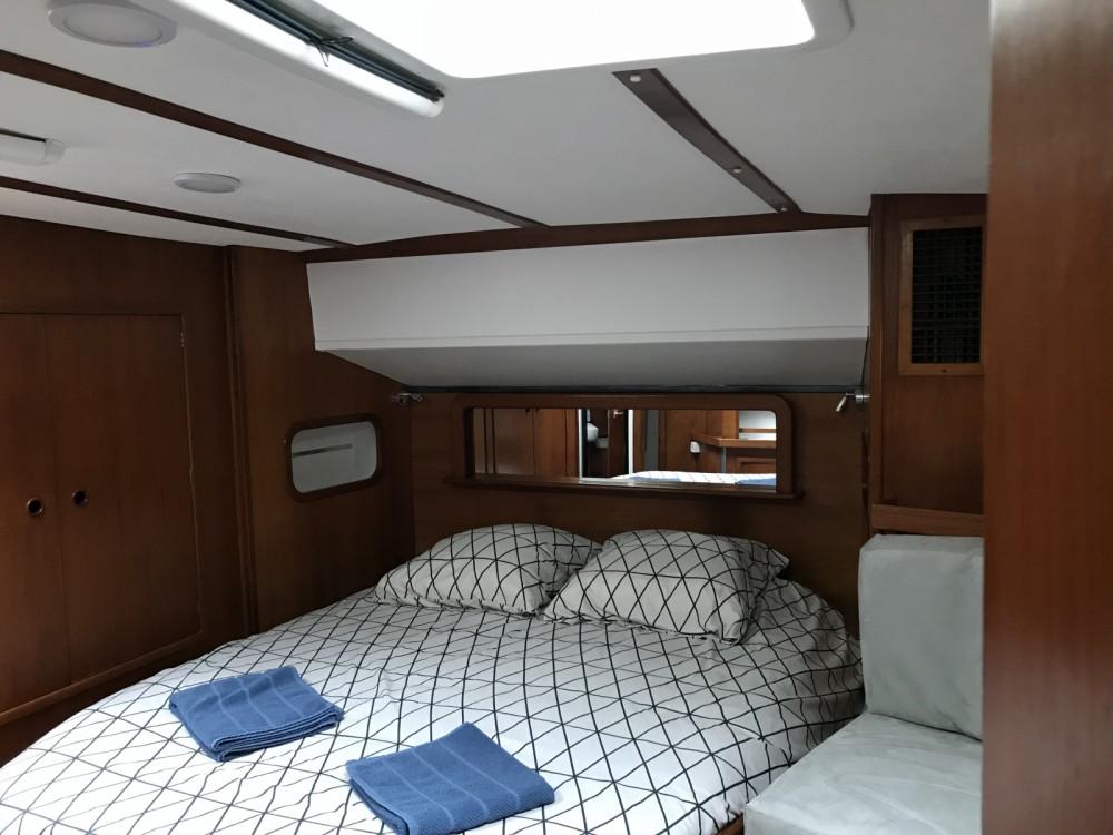 Dynamique Yacht Dynamique 58 between personal and professional La Rochelle
