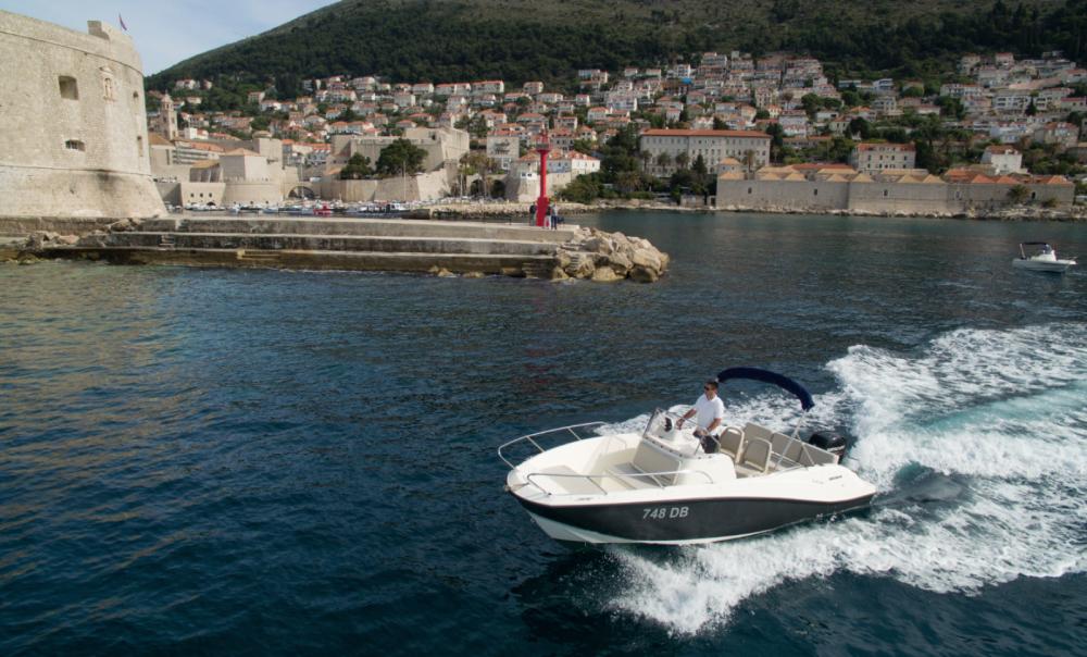 Boat rental Dubrovnik cheap Activ 675 Open
