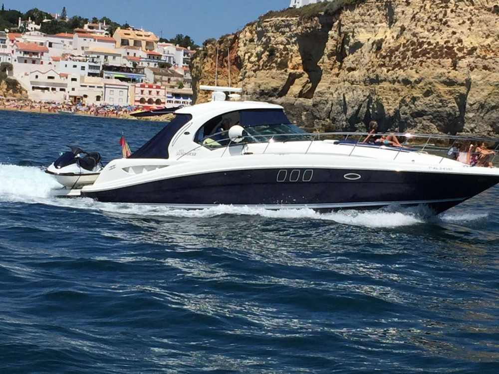 Boat rental Puerto Sotogrande cheap Sea Ray 425 Sundancer